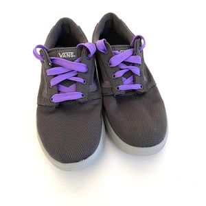Other - Sneakers size 7